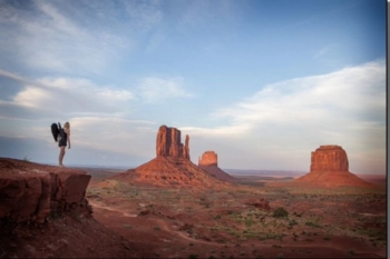Angel wings in Monument valley