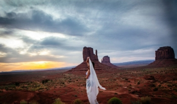 a little fabric makes the photo Monument Valley Road trip
